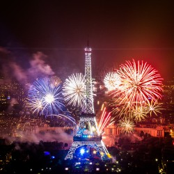 FÊTE NATIONALE A LA CAPITALE - PARIS